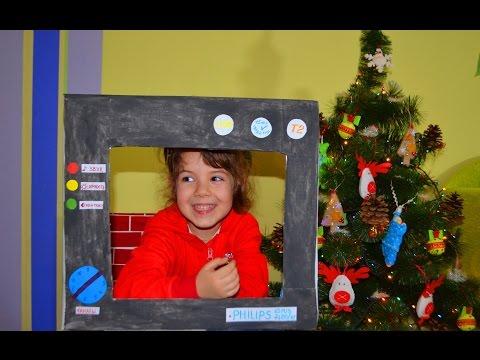 Полинка делает телевизор с картона TV with cardboard DIY