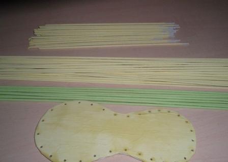 13-2 Плетение из газетных трубочек для начинающих пошагово: техника плетения, мастер класс, фото. Плетение корзин, шкатулок, коробок из газет для начинающих: схемы, загибы, фото