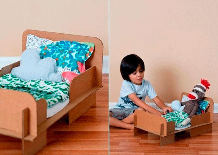 14-6 Домик и мебель для кукол своими руками из картона: схема, выкройка, фото. Как сделать кровать, диван, шкаф, стол, стулья, кресло, кухню, холодильник, плиту, коляску для кукол из картона своими руками