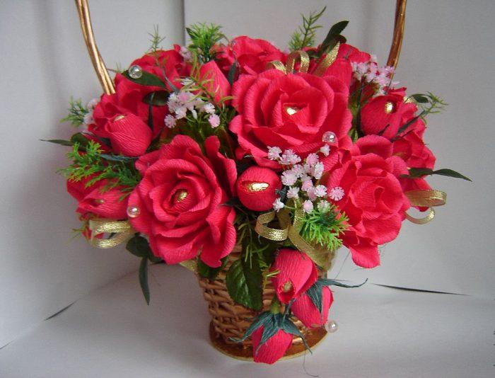 букет роз из гофробумаги своими руками