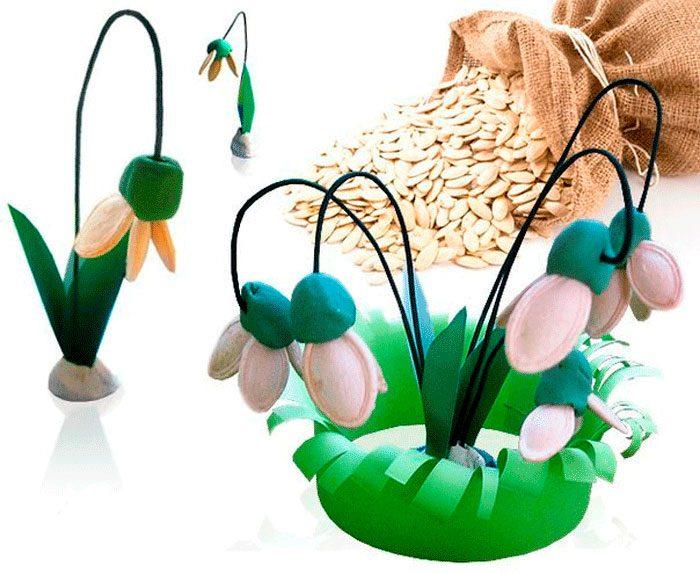 Подснежник из тыквенных семечек
