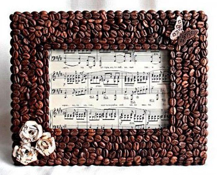Рамка для фото из зерен кофе