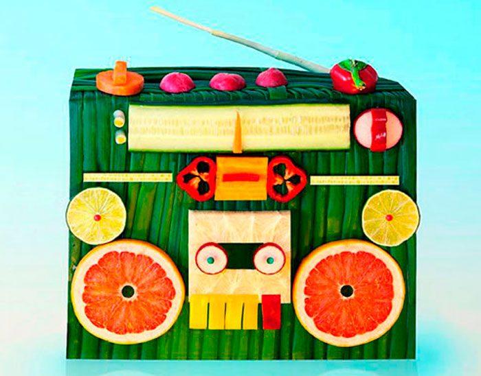 Магнитофон из овощей