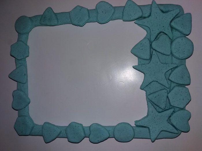 Фигурная рамка из солёного теста