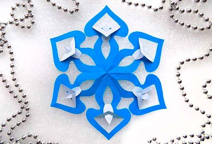 Снежинки в технике киригами