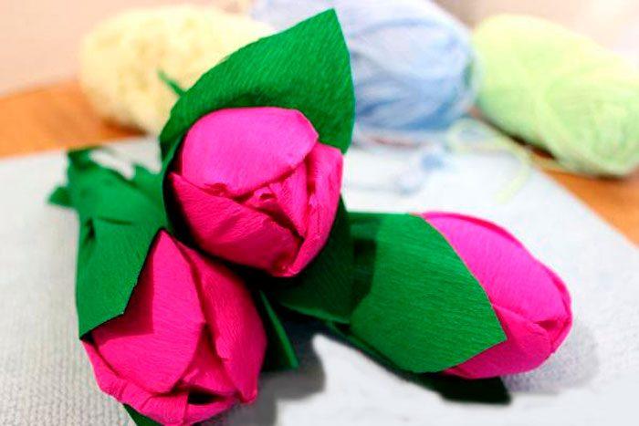 Яркие тюльпаны из ложек