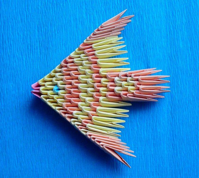 Рыбка в технике модульного оригами