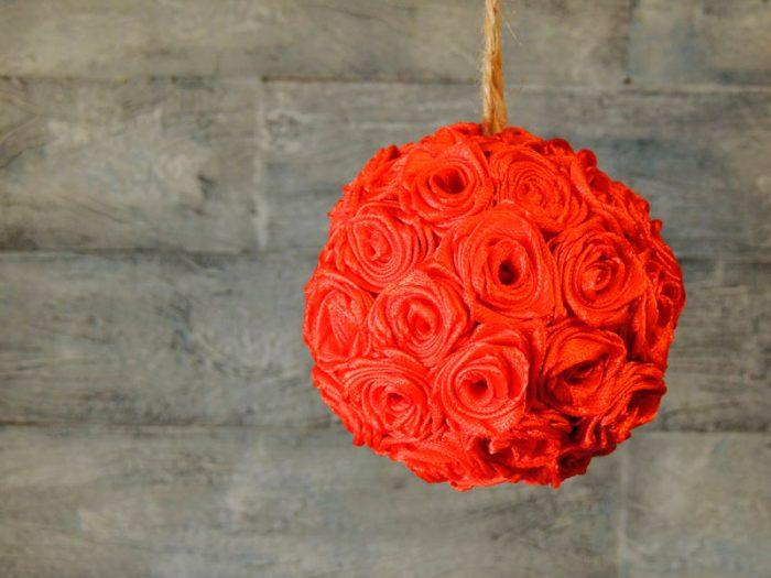 Новогодний шар из роз мастер-класс