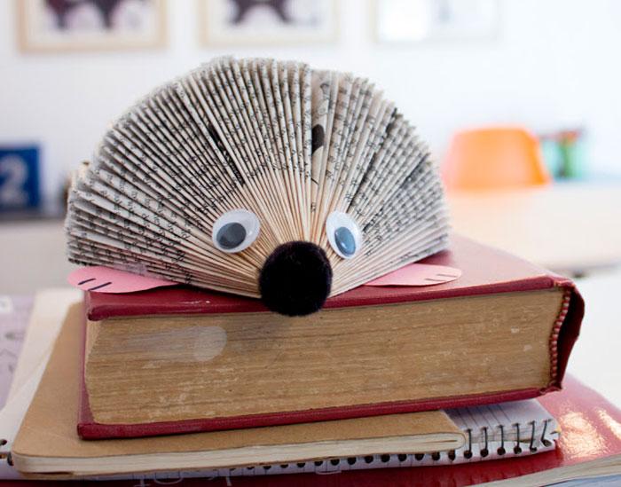 Ёжик из книги