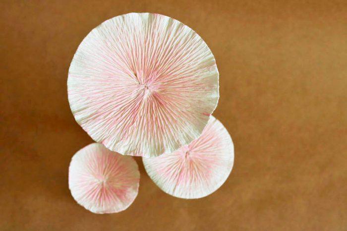 гриб из гофробумаги мастер-класс