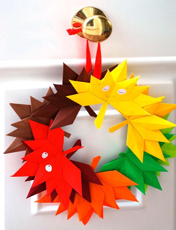осенние листья из цветной бумаги